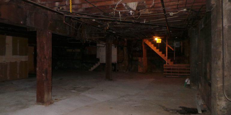 136efront.basementc