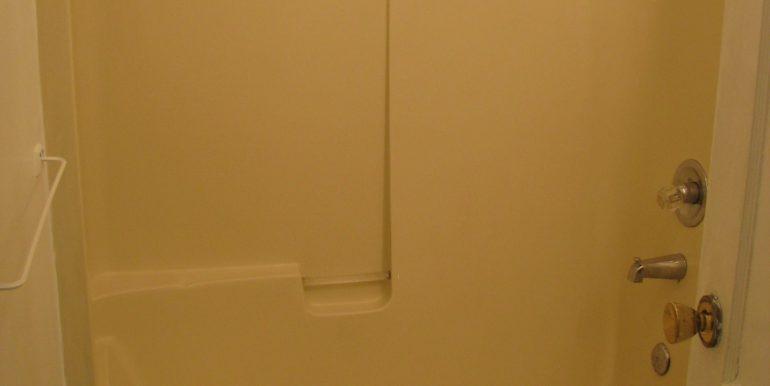 1936w5th.bathroom2