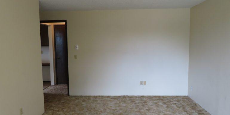 2945ewalnut-6.bedroomd