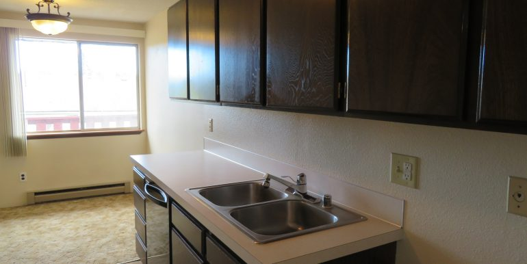 2945ewalnut-6.kitchenb