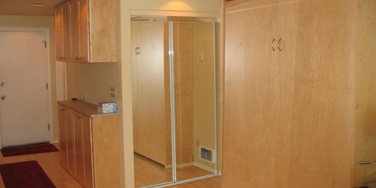 405efront-4.bedroom