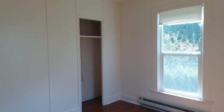 2373portwilliamsroad-2ndbedroom
