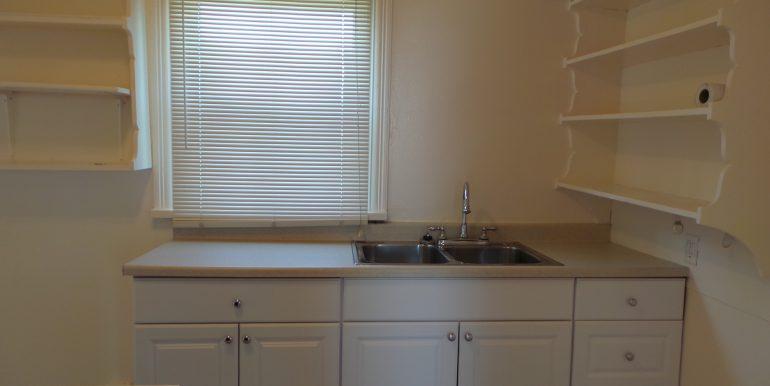 2373portwilliamsroad-kitchen