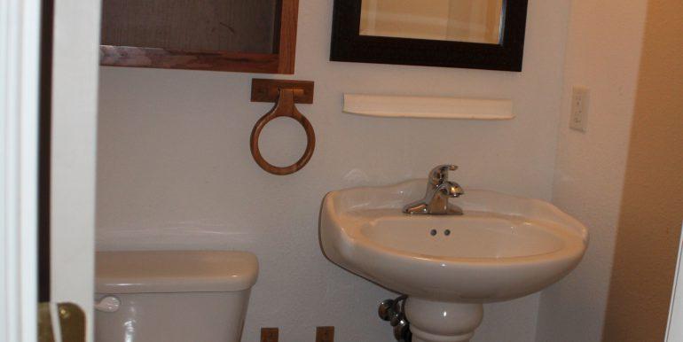 119 Fogarty Ave half bathroom in master bedroom