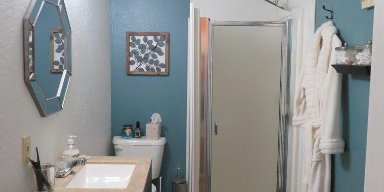 303tumwater-200.bathroom