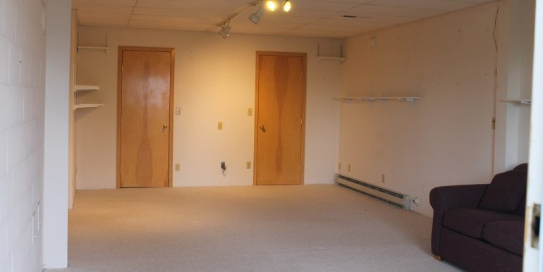 1203 half E 7th St large bedroom with 2 walk in closets view 1 (1)