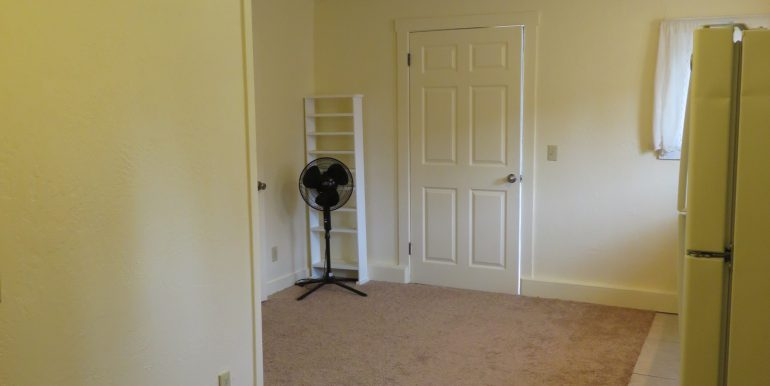 4105sbeanroad.frontroomb