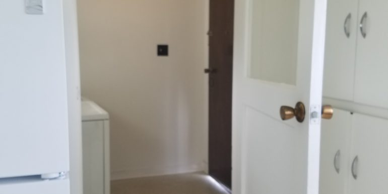 528 Whidby laundry room