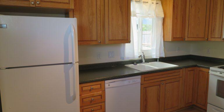 708e6th.kitchenb