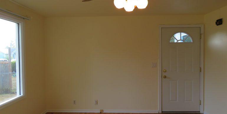 708e6th.livingroomd