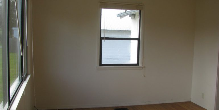 2323e4thave.livingroom