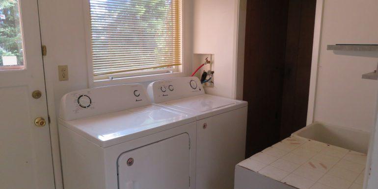 921s3rdave-36.utility room