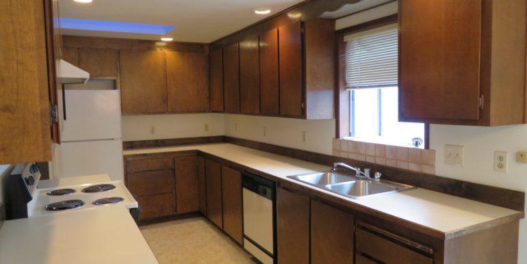 12sunriseplace.kitchenb