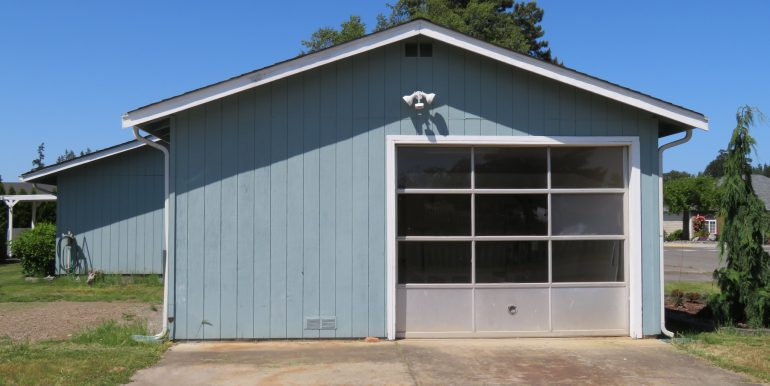 425brown road.garage