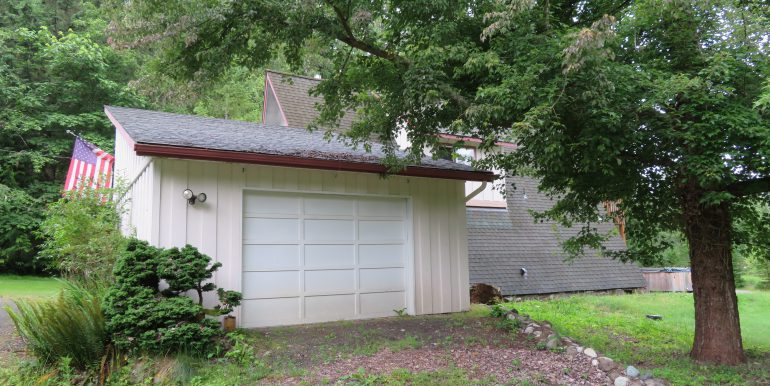 3632 obrien road.garage