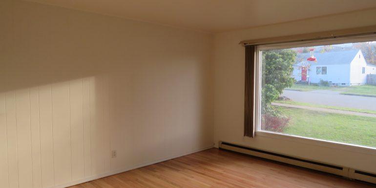 1309e4th.livingroom