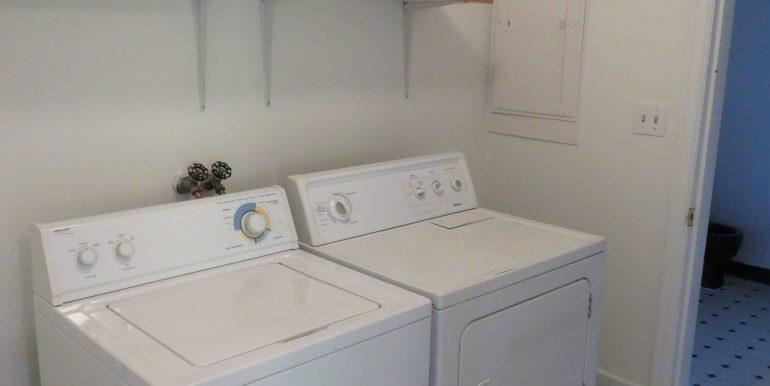 1309e4th.utilityroom
