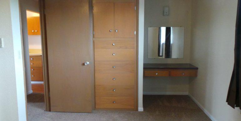 420slaurel-8.bedroomd