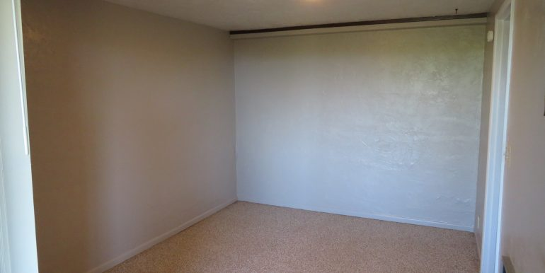 1522w4th-b.bedroom