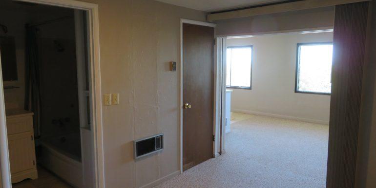 1522w4th-b.bedroomd