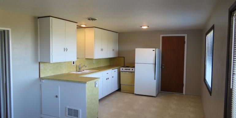 1522w4th-b.kitchenb