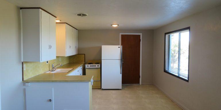 1522w4th-b.kitchenc