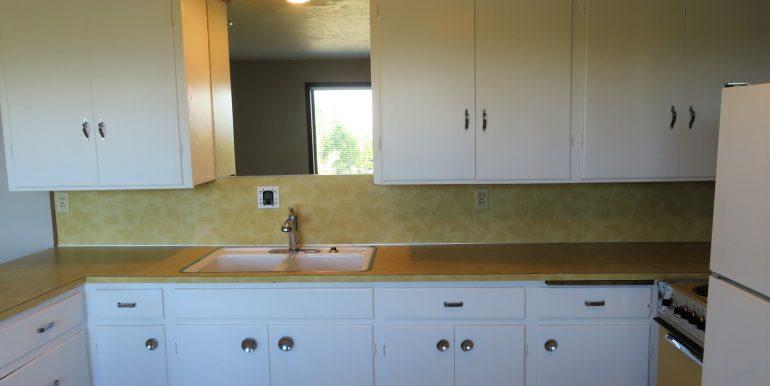 1522w4th-b.kitchend